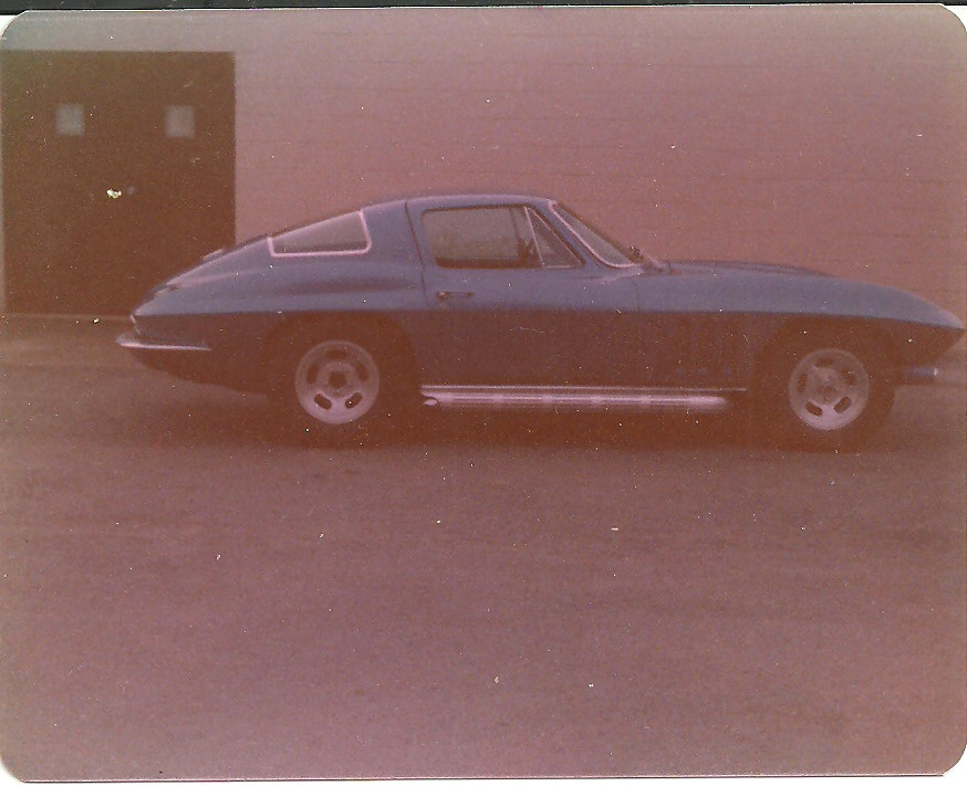 Wayne's '66 Vette.jpg