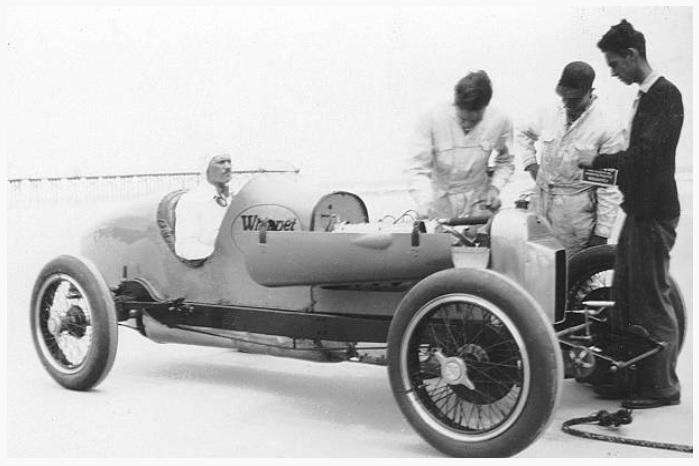 Whippet 1928.jpg