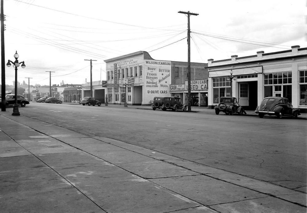 Wilson and Cabeldu Motors Yates St..jpg