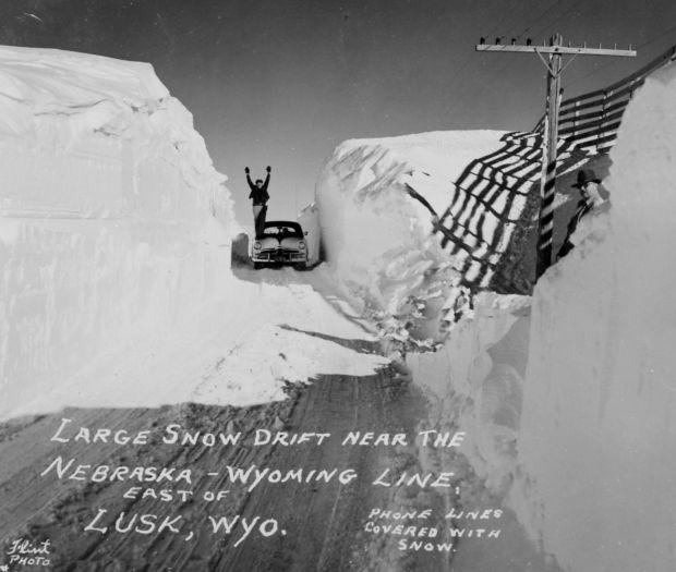 winter1949snowdrifts3.jpg