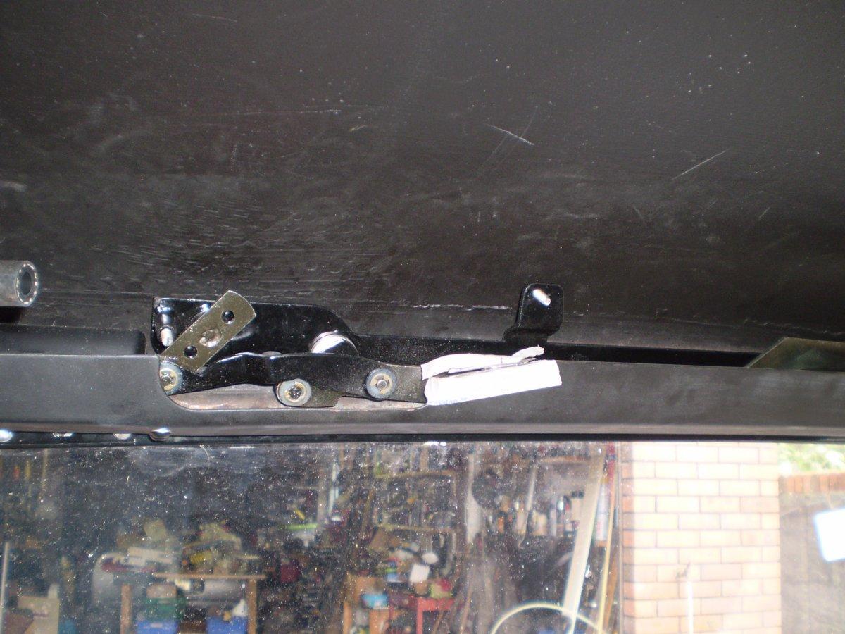 wipers fittind motor 001.JPG