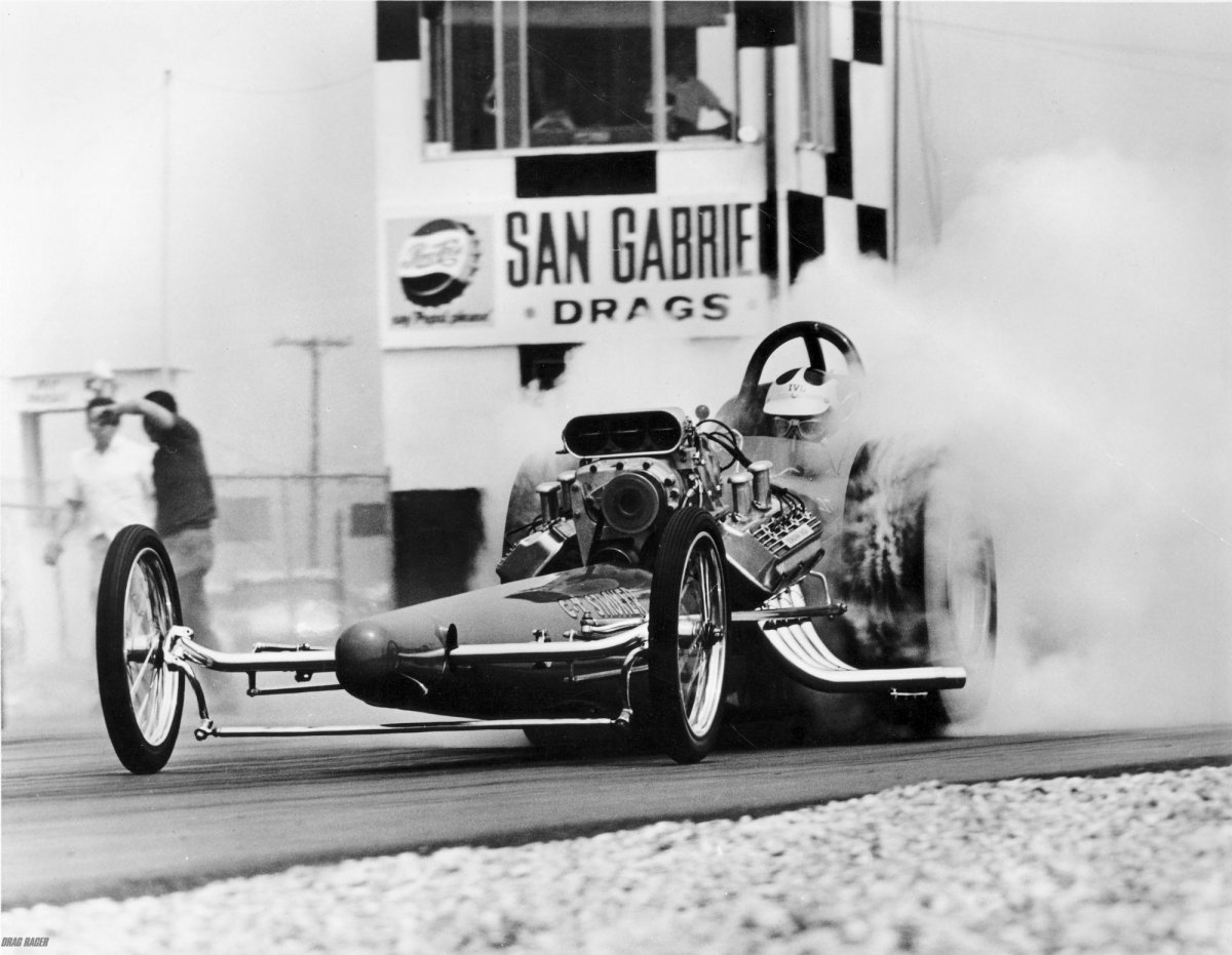 With the NHRA fuel ban lifted Tommy Ivo left Buick for Chrysler power..jpg