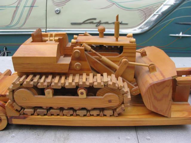 WoodenKenworth 002.jpg