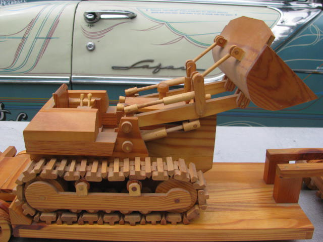 WoodenKenworth 003.jpg