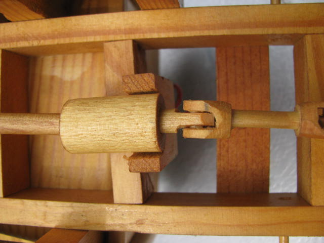 WoodenKenworth2 004.jpg