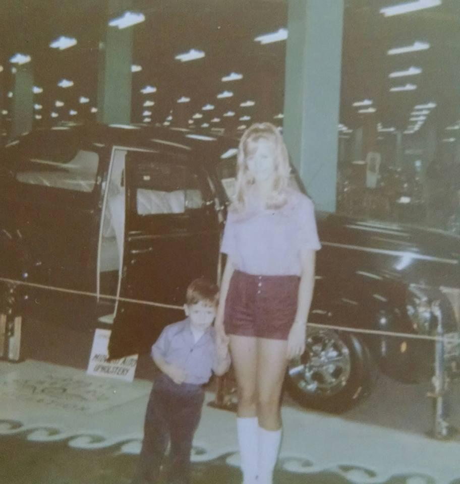 WoW 1971 Pam & Jim Karls.jpg