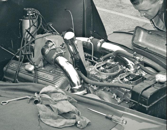 Wow twin turboed SBC using FI intake way back in 1965 Winternationals.JPG