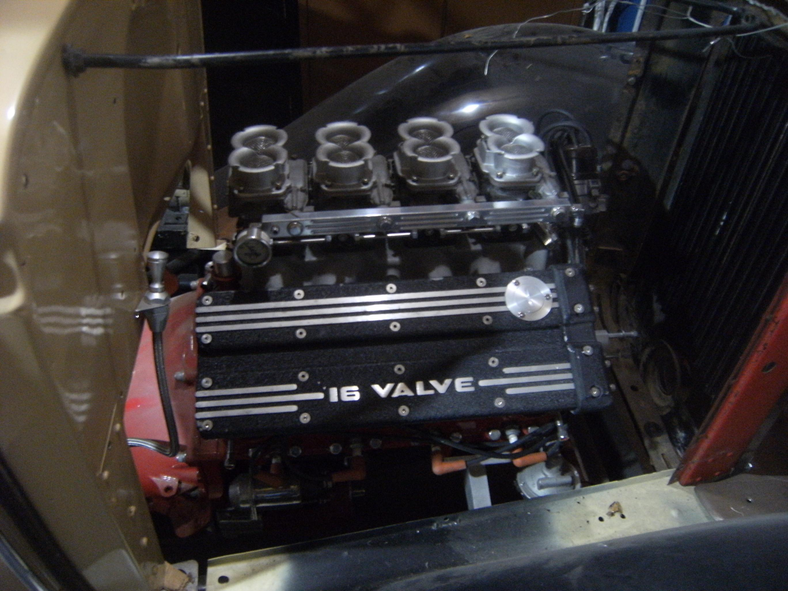 wrestleing rings, valve covers 16v 063.jpg