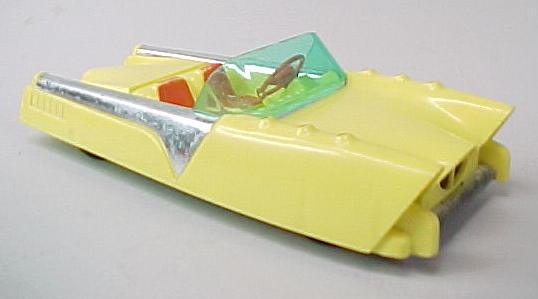 yellowdreamcar.jpg