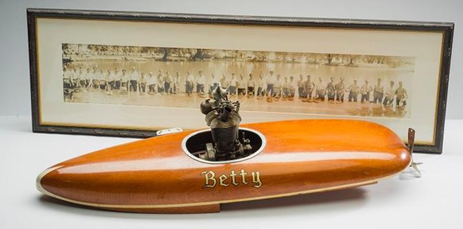 Early Model Race Boats